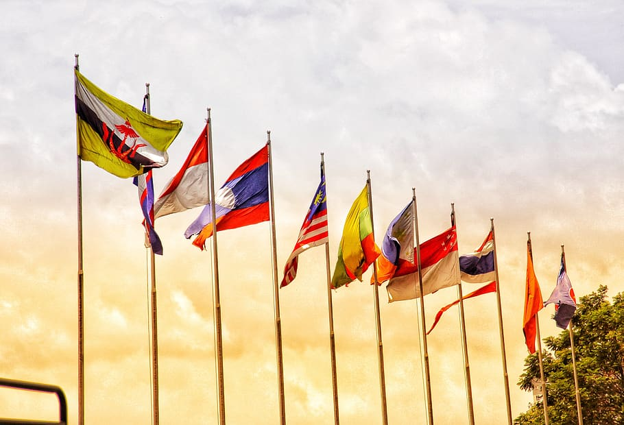 Flags-of-ASEAN-member-States_CC-license